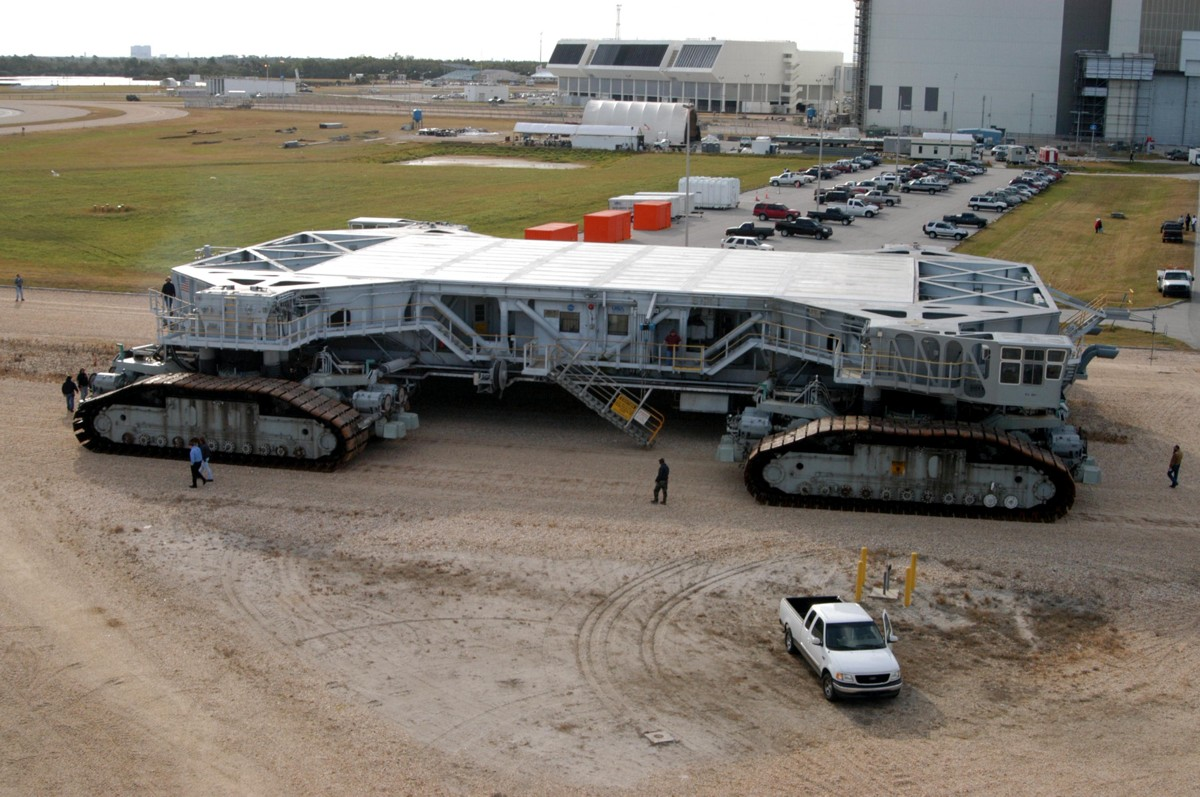 Crawler Transporter 2004